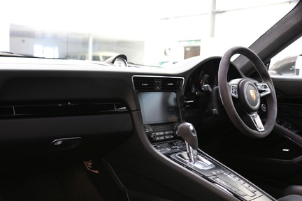 Porsche 911 Carrera T PDK Coupe with 918 Carbon Bucket Seats 5