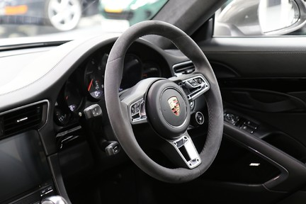 Porsche 911 Carrera T PDK Coupe with 918 Carbon Bucket Seats 25