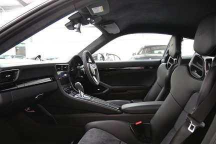 Porsche 911 Carrera T PDK Coupe with 918 Carbon Bucket Seats 27