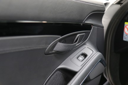 Porsche 911 Carrera T PDK Coupe with 918 Carbon Bucket Seats 31