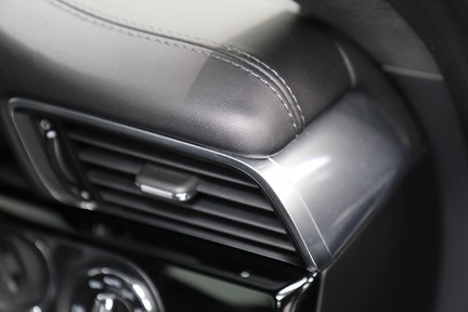 Porsche 911 Carrera T PDK Coupe with 918 Carbon Bucket Seats 36