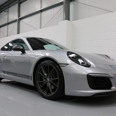 Porsche 911 Carrera T PDK Coupe with 918 Carbon Bucket Seats 1