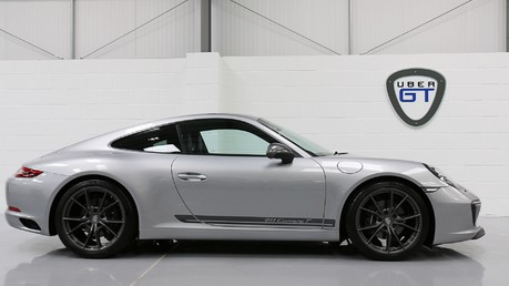Porsche 911 Carrera T PDK Coupe with 918 Carbon Bucket Seats Video