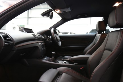 BMW 1 Series 1M Coupe - Great Spec and Just Serviced 32