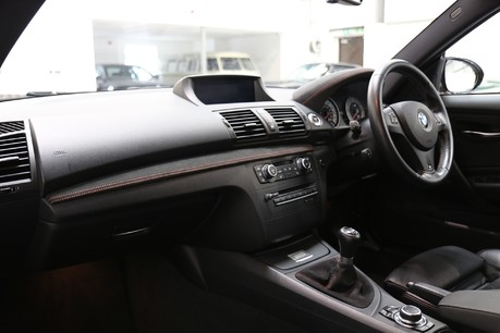 BMW 1 Series 1M Coupe - Great Spec and Just Serviced Specification