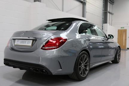 Mercedes-Benz C Class AMG C 63 Premium - Just Serviced - Stunning Example 5