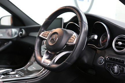 Mercedes-Benz C Class AMG C 63 Premium - Just Serviced - Stunning Example 6