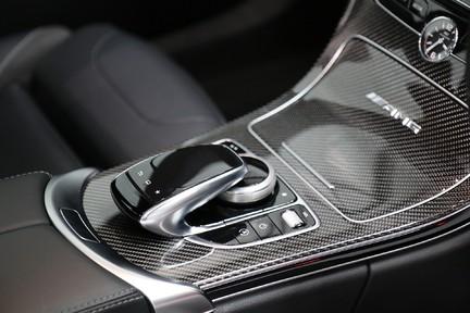 Mercedes-Benz C Class AMG C 63 Premium - Just Serviced - Stunning Example 19