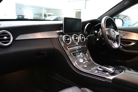 Mercedes-Benz C Class AMG C 63 Premium - Just Serviced - Stunning Example Specification