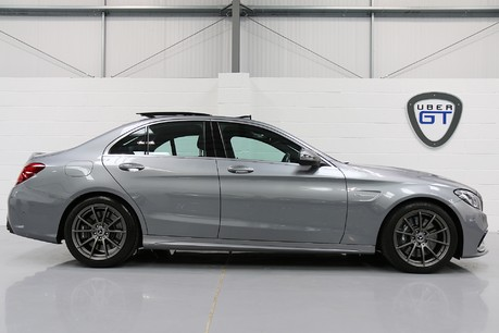 Mercedes-Benz C Class AMG C 63 Premium - Just Serviced - Stunning Example