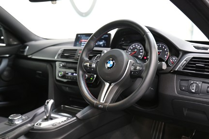 BMW M4 Competition Package - 1 Owner - Stunning 6