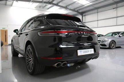 Porsche Macan S with A Lovely Specification 3