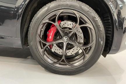 """Alfa Romeo Stelvio V6 BiTurbo Quadrifoglio - Amazing Car, 20"""" Alloys - 510ps 5"""