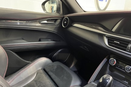 """Alfa Romeo Stelvio V6 BiTurbo Quadrifoglio - Amazing Car, 20"""" Alloys - 510ps 17"""