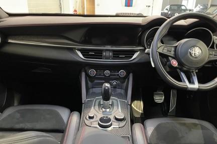 """Alfa Romeo Stelvio V6 BiTurbo Quadrifoglio - Amazing Car, 20"""" Alloys - 510ps 12"""