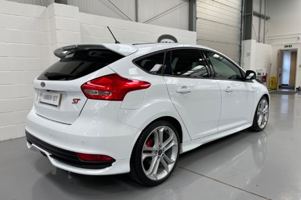 Ford Focus ST-3 - Recaro's, Great Specification and Just Serviced 4