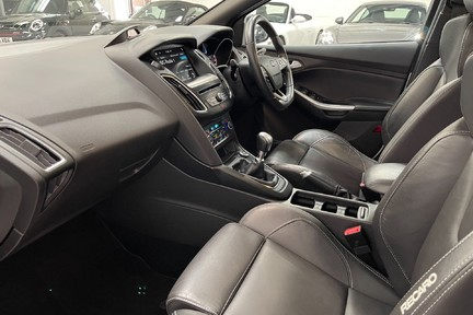 Ford Focus ST-3 - Recaro's, Great Specification and Just Serviced 5