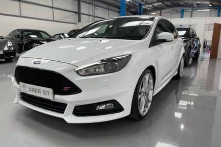 Ford Focus ST-3 - Recaro's, Great Specification and Just Serviced 7