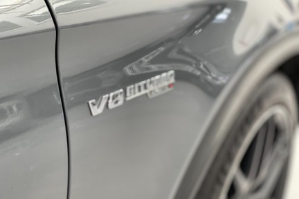 Mercedes-Benz GLC AMG 63 4Matic Premium 12