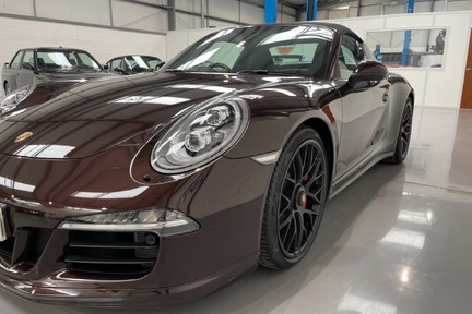 Porsche 911 Targa 4 GTS PDK - Incredible Low Mileage Car with a Great Spec 9