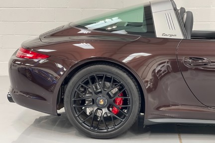 Porsche 911 Targa 4 GTS PDK - Incredible Low Mileage Car with a Great Spec 15