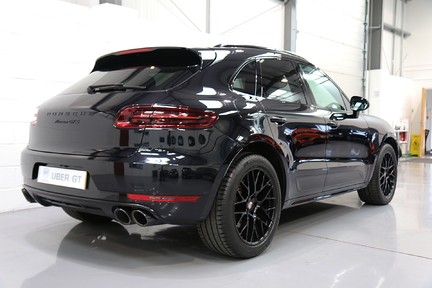 Porsche Macan GTS with Panoramic Roof, PDLS+ and More 5