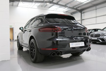 Porsche Macan GTS with Panoramic Roof, PDLS+ and More 3