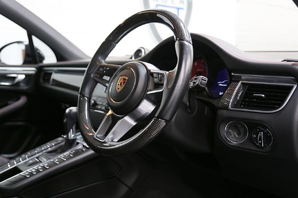 Porsche Macan GTS with Panoramic Roof, PDLS+ and More 6