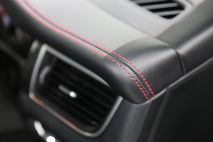 Porsche Macan GTS with Panoramic Roof, PDLS+ and More 12