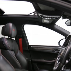Porsche Macan GTS with Panoramic Roof, PDLS+ and More 4
