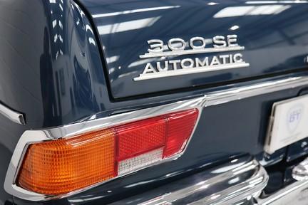 Mercedes-Benz 300 SE - Amazing Rare Classic 19