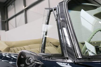 Mercedes-Benz 300 SE - Amazing Rare Classic 24