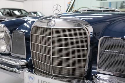 Mercedes-Benz 300 SE - Amazing Rare Classic 27