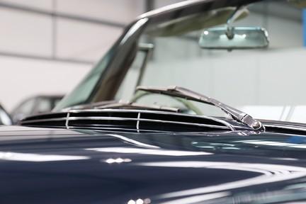 Mercedes-Benz 300 SE - Amazing Rare Classic 28