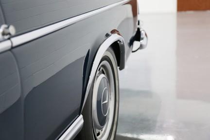 Mercedes-Benz 300 SE - Amazing Rare Classic 30