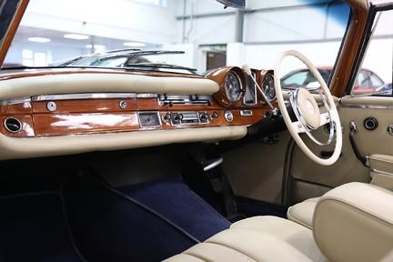Mercedes-Benz 300 SE - Amazing Rare Classic 4