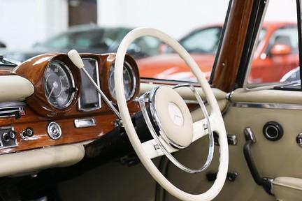 Mercedes-Benz 300 SE - Amazing Rare Classic 8