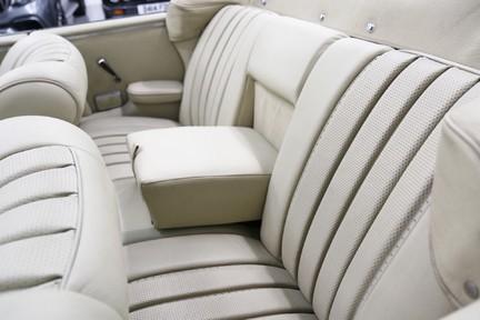 Mercedes-Benz 300 SE - Amazing Rare Classic 15
