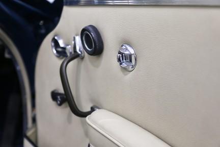 Mercedes-Benz 300 SE - Amazing Rare Classic 35