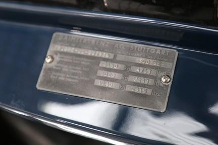 Mercedes-Benz 300 SE - Amazing Rare Classic 48