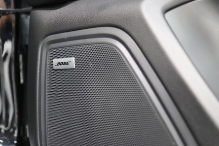 Porsche Macan S with Panoramic Roof, BOSE, 18-Way Seats and More 14