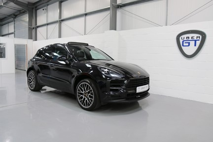 Porsche Macan S with Panoramic Roof, BOSE, 18-Way Seats and More 30