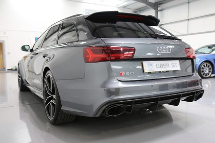 Audi RS6 Avant TFSI V8 Quattro with a Lovely Specification 3