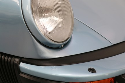 Porsche 911 SC Coupe - Wonderful Classic with Character 15