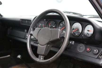 Porsche 911 SC Coupe - Wonderful Classic with Character 6