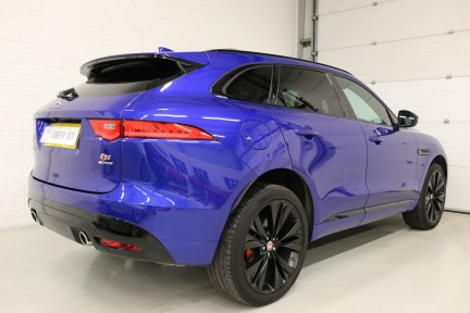 Jaguar F-Pace V6 S AWD with a Huge Spec and 1 Owner 5