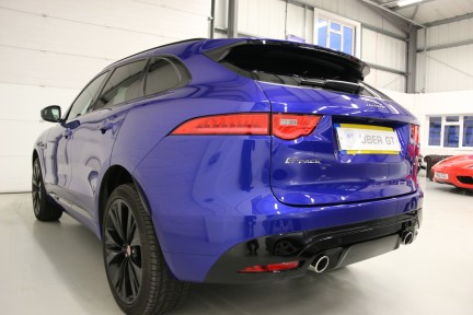 Jaguar F-Pace V6 S AWD with a Huge Spec and 1 Owner 3