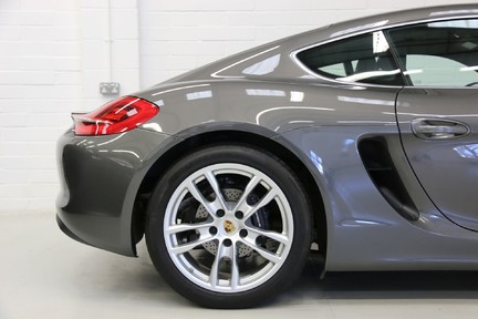 Porsche Cayman with Stunning Low Mileage and Full Porsche Service History 10