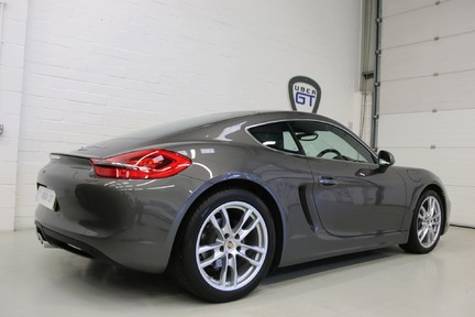 Porsche Cayman with Stunning Low Mileage and Full Porsche Service History 5