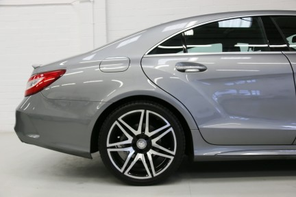 Mercedes-Benz CLS CLS400 AMG Line with Perfect Spec and FMBSH 15
